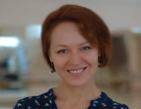 Ева Полякова